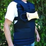 Chaleco con protección delantera de entrenamiento con mordedor de velcro - Chaleco de entrenamiento con protección delantera y mordedor de velcro incluído. Ideal para el entrenamiento de la llamada en perros de deporte o para entrenamiento con bozal.