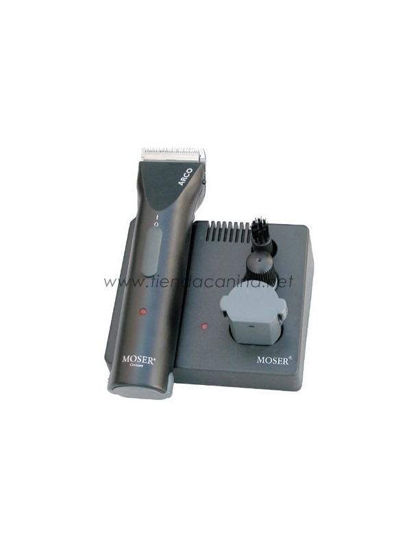 Esquiladora eléctrica Moser Arco - Esquiladora eléctrica de nueva generación de la prestigiosa marca alemana Moser Arco con alimentación por batería recargable, para profesionales con tecnología avanzada y excelente manejo.