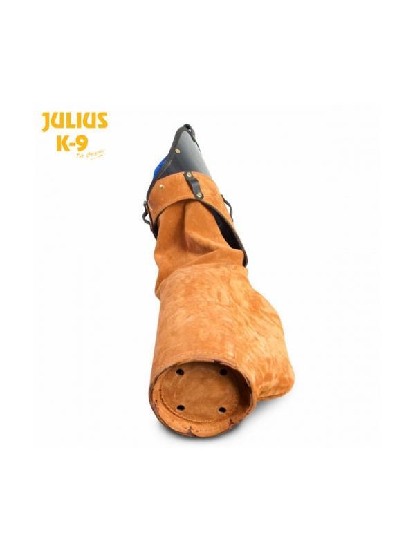 Manga estandar de IPO RCI forrada en cuero Julius K9 - Manga estandar para el entrenamiento de perros de IPO, RCI, etc. Protege el brazo entero incluído el hombro y tiene la parte de mordida ligeramente acolchada para un trabajo agradable para el perro. Opcionalmente se puede adquirir la funda por separado. Uso profesional.